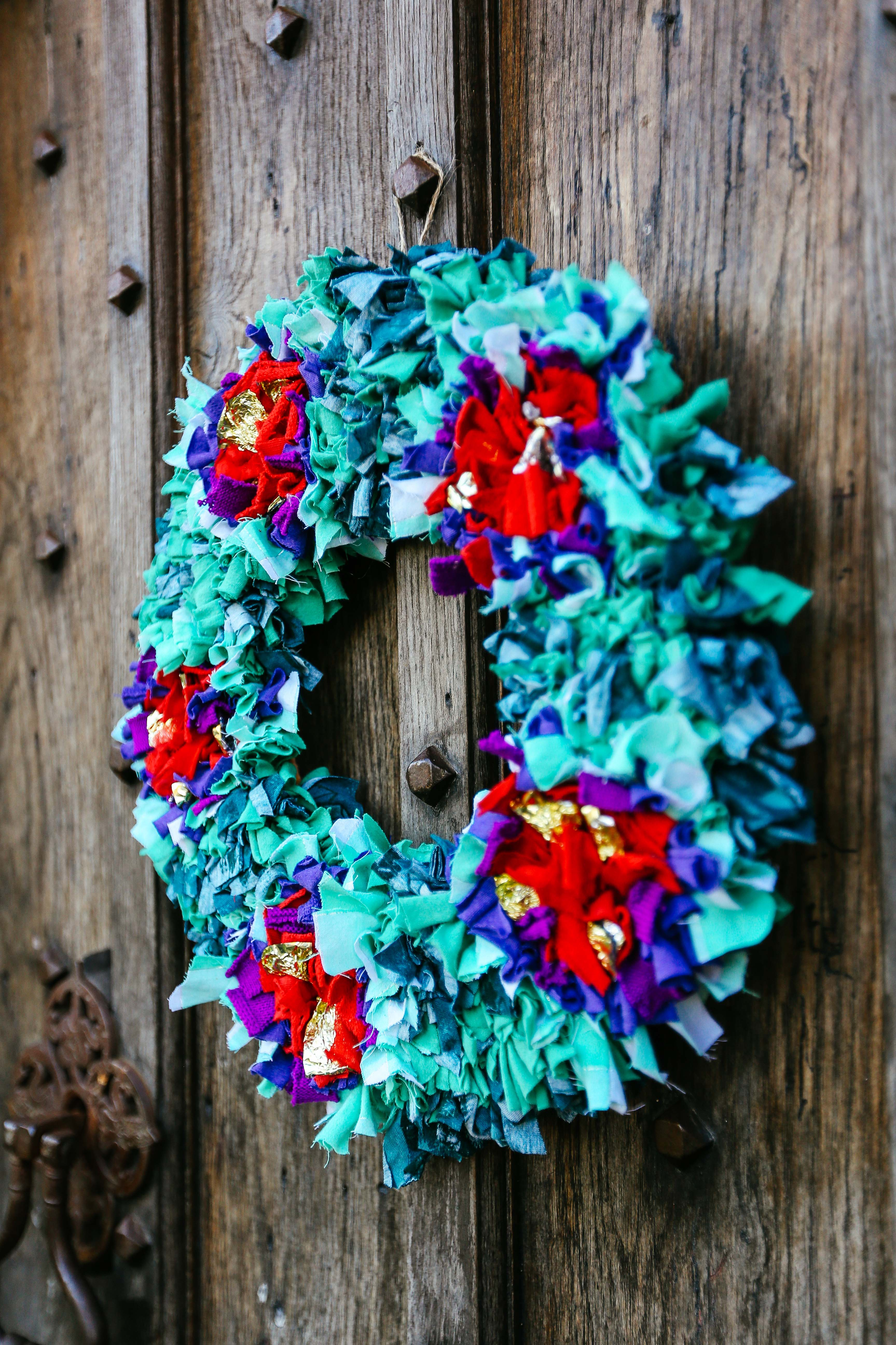 Rag Rug Wreath Detail