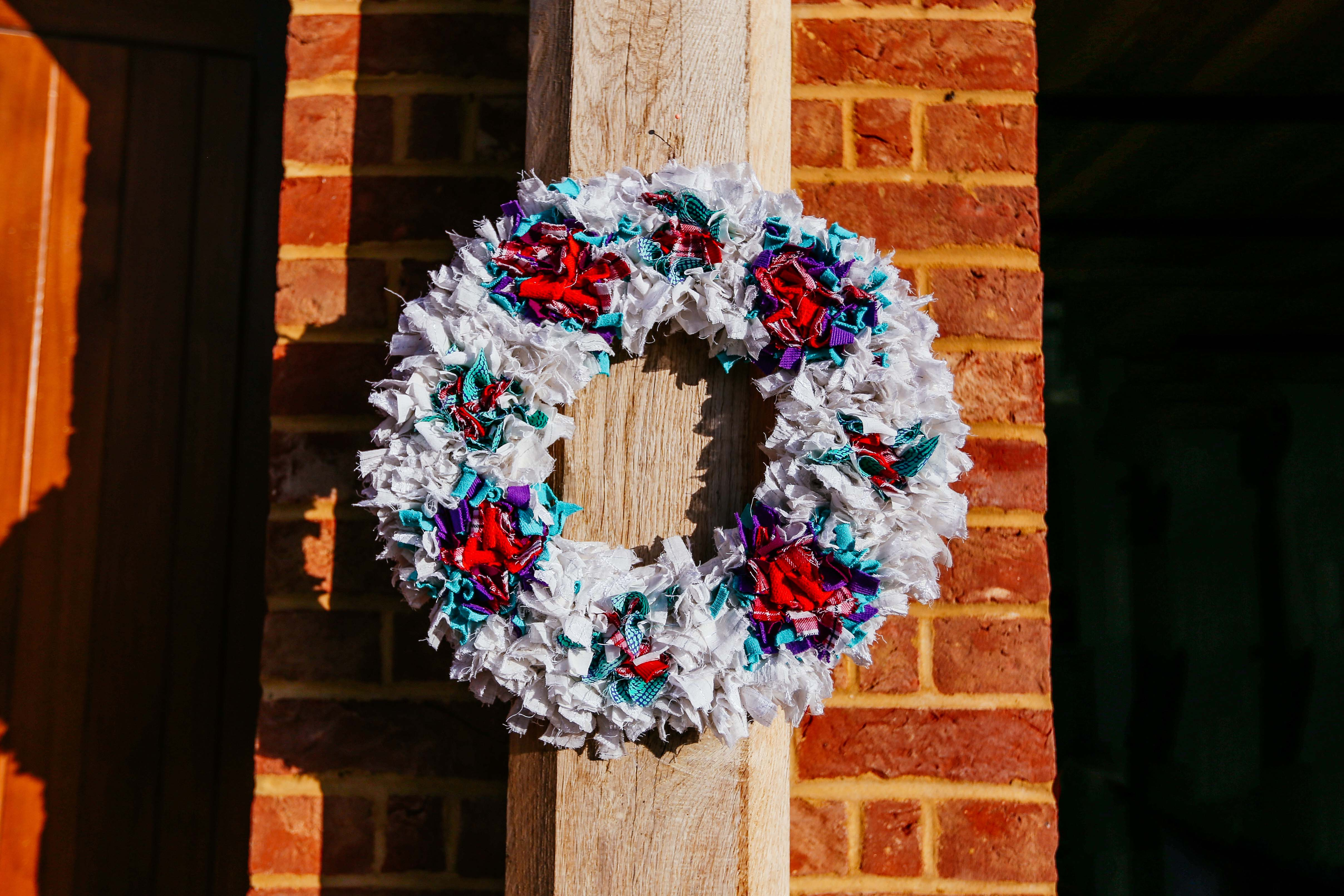Rag Rug Xmas Wreath