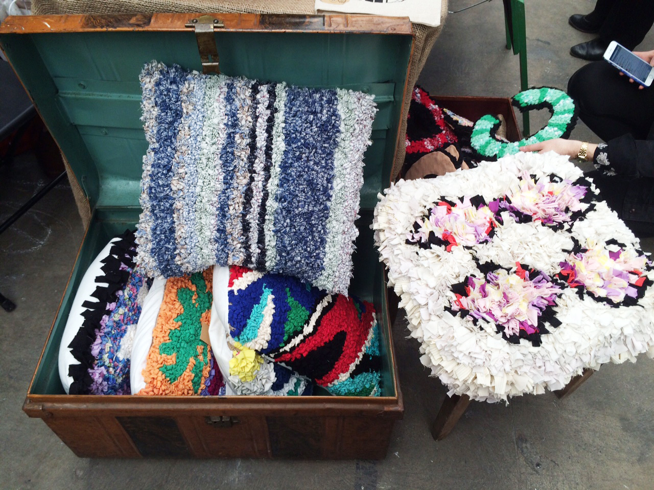 Rag Rug Cushions Trunk