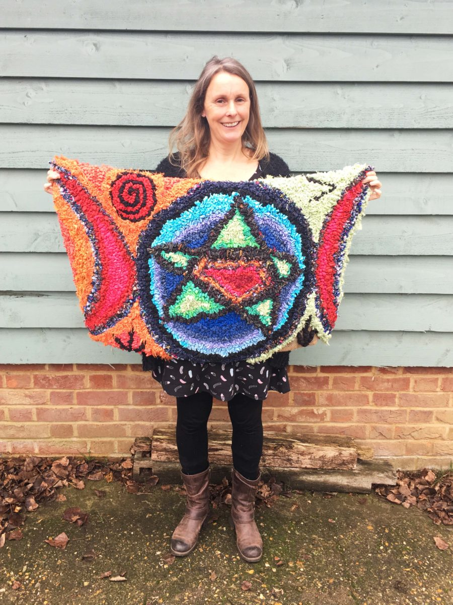 Artistic Colourful Rag Rug with Star Design - unique rag rug designs