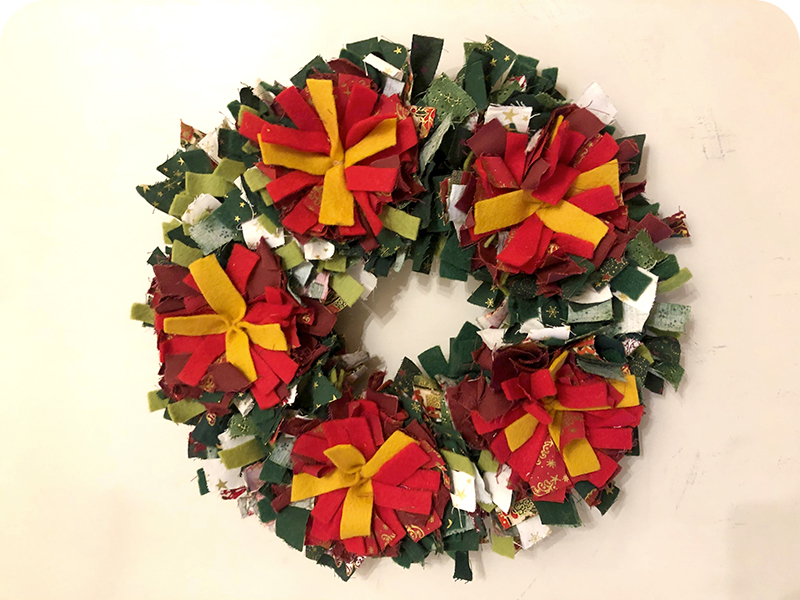 Traditional rag rug festive Christmas wreath