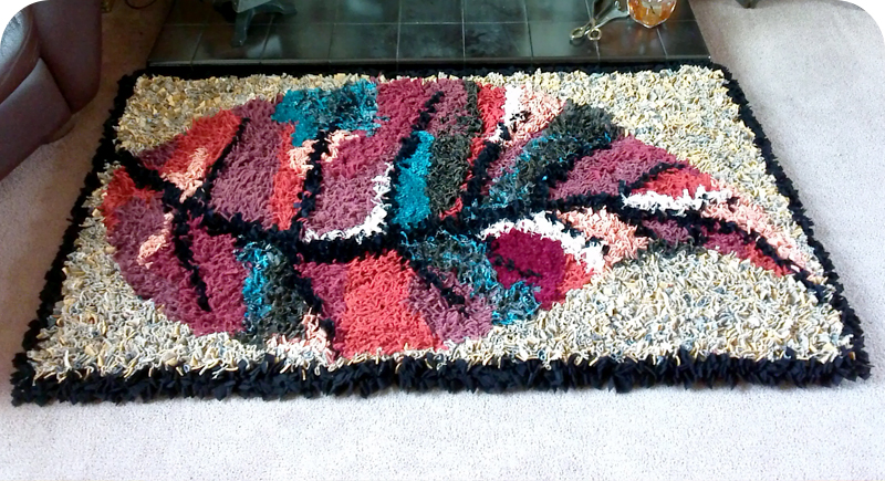Shaggy leaf rag rug design with border