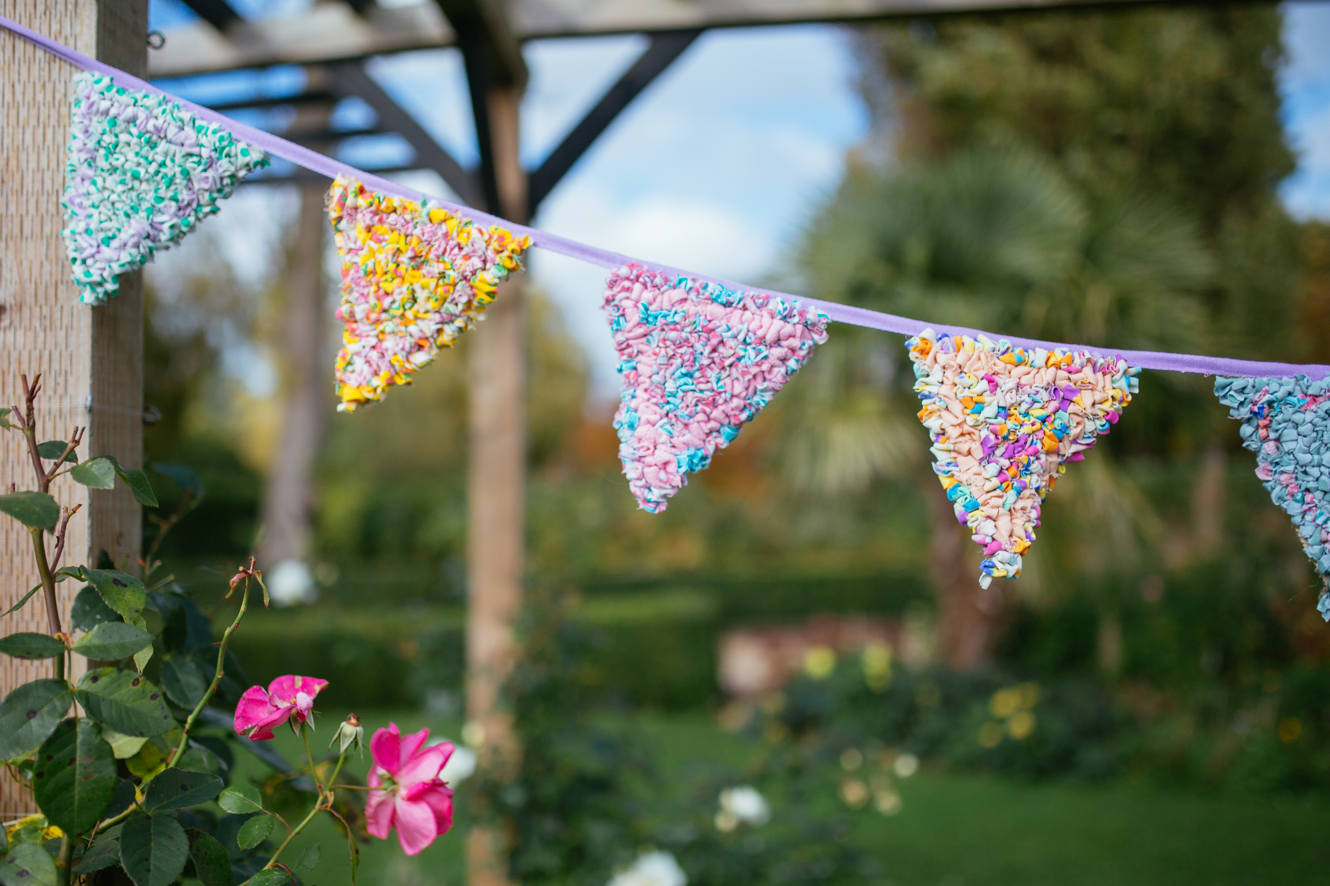 Rag Rug Bunting found in Rag Rugs, Pillows & More Book by Elspeth Jackson