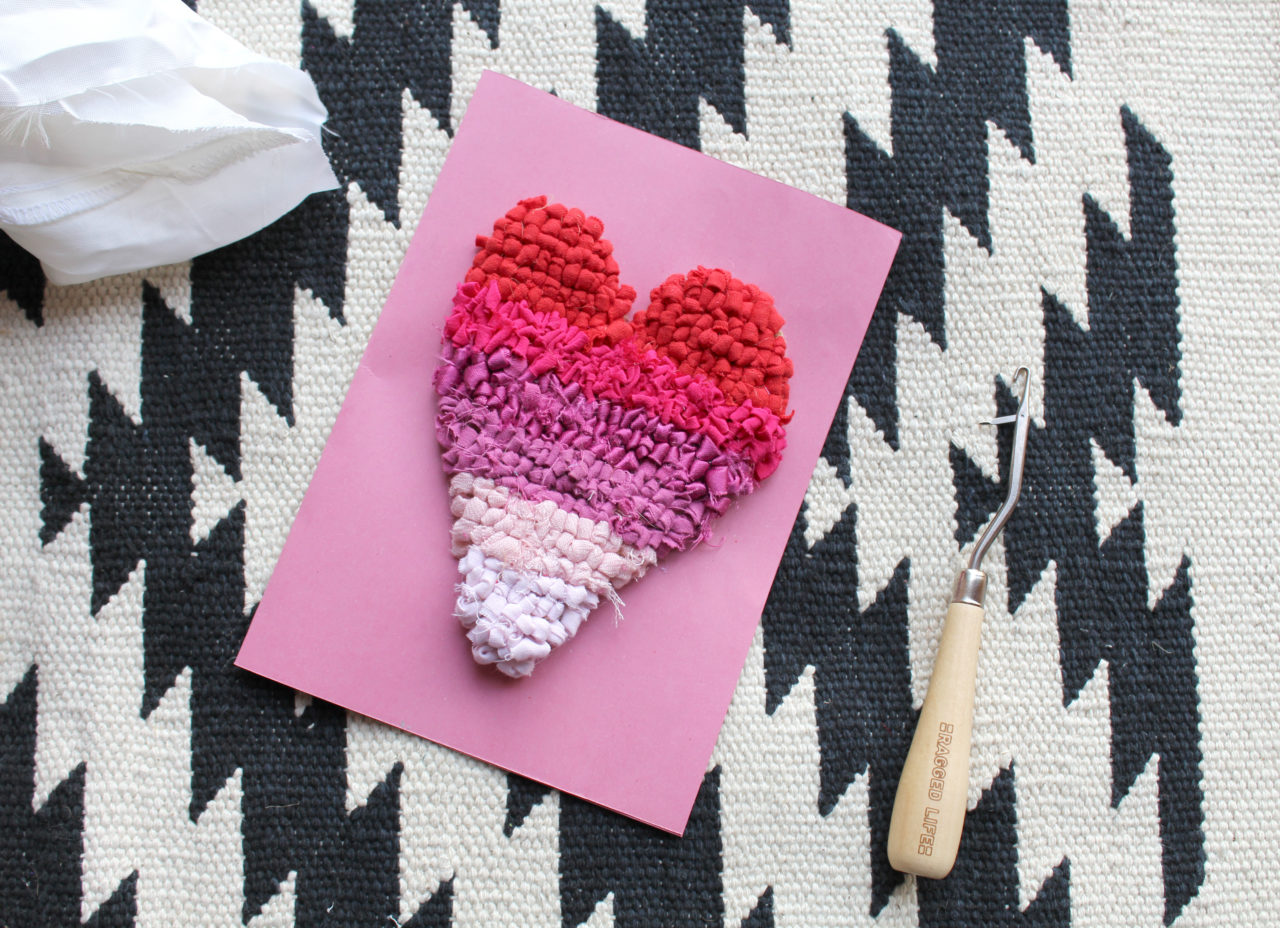 Rag Rug Loopy Heart