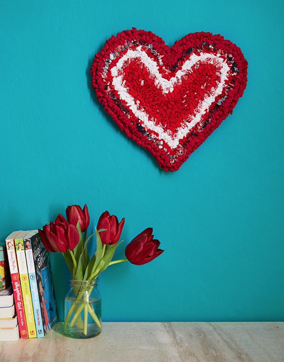Red Rag Rug Heart made out of recycled fabric and tshirts