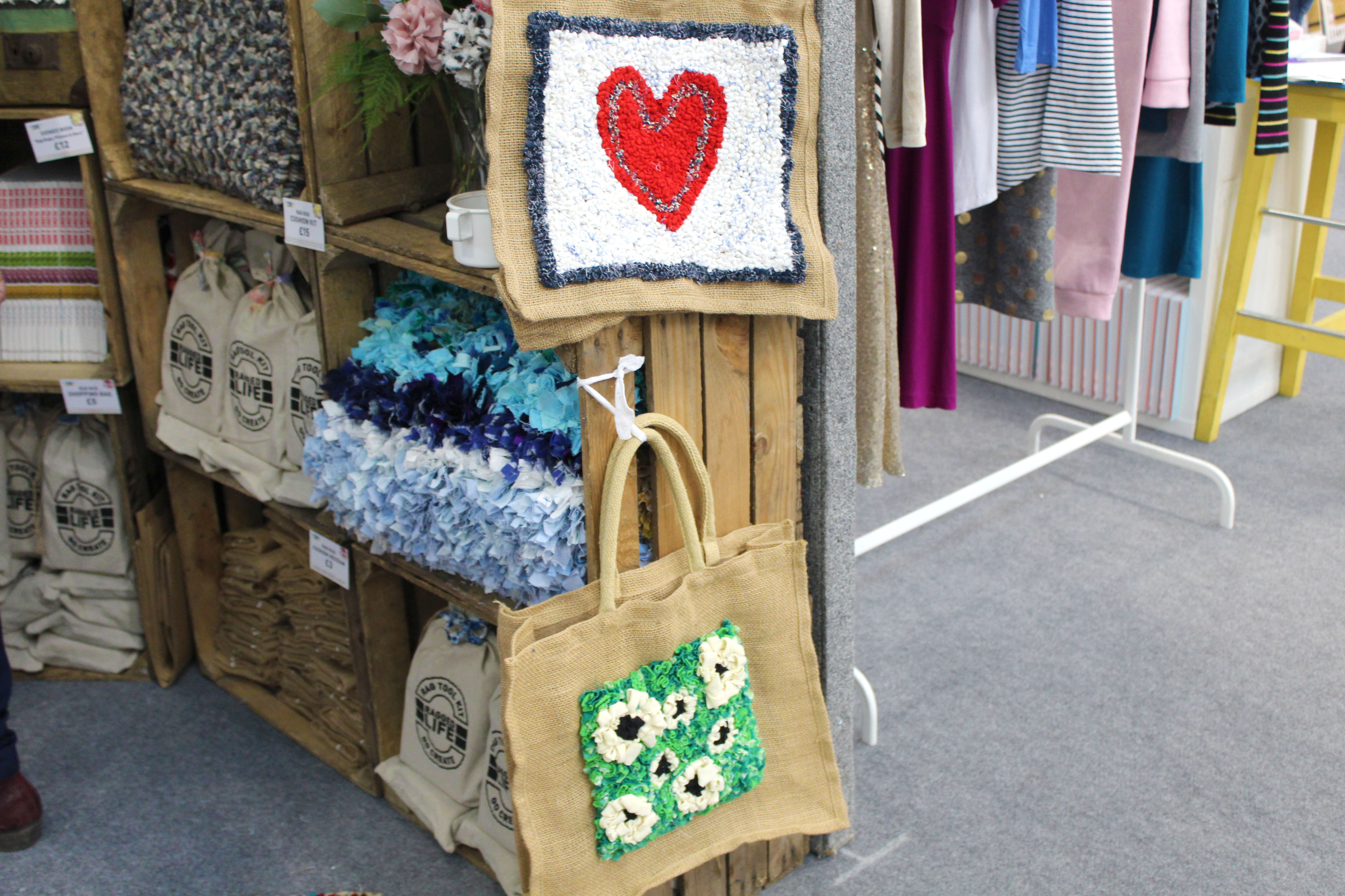 Rag Rug Bags with red heart and green foliage with flowers