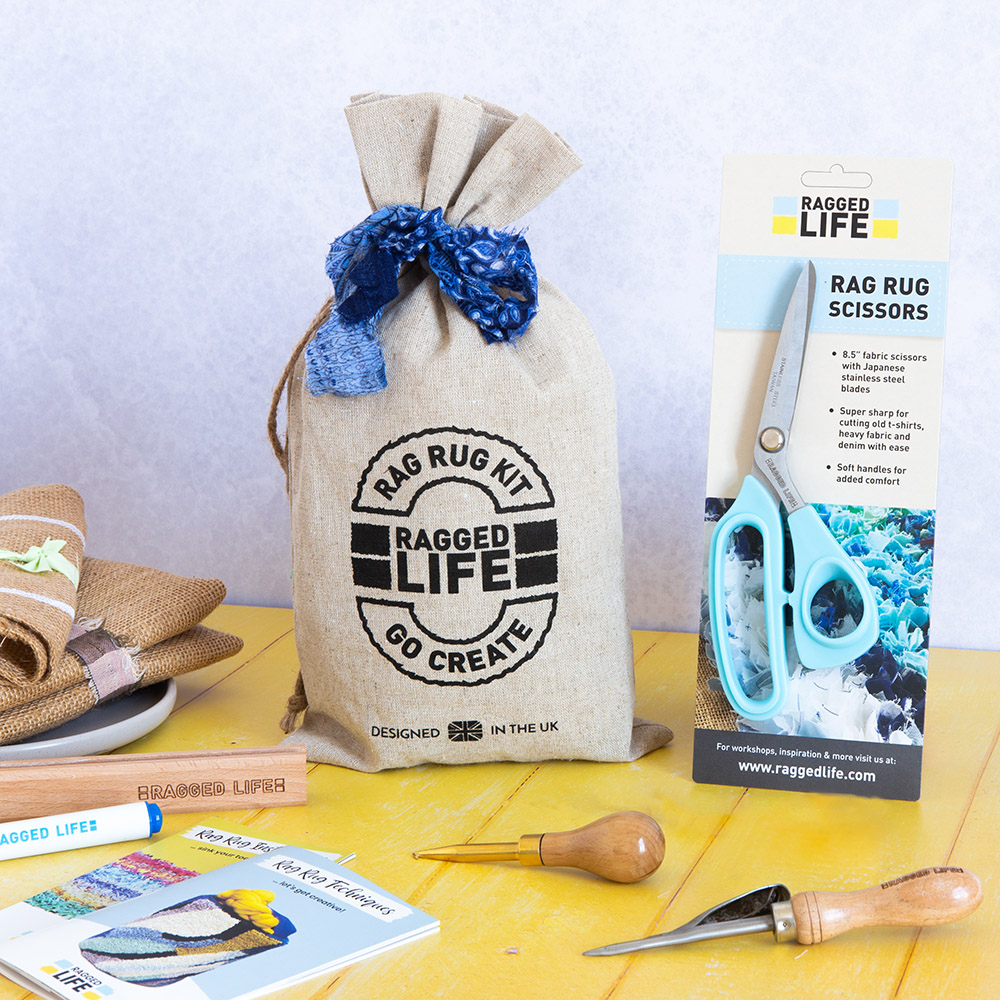 Ragged Life kit with microserated fabric scissors with soft handles