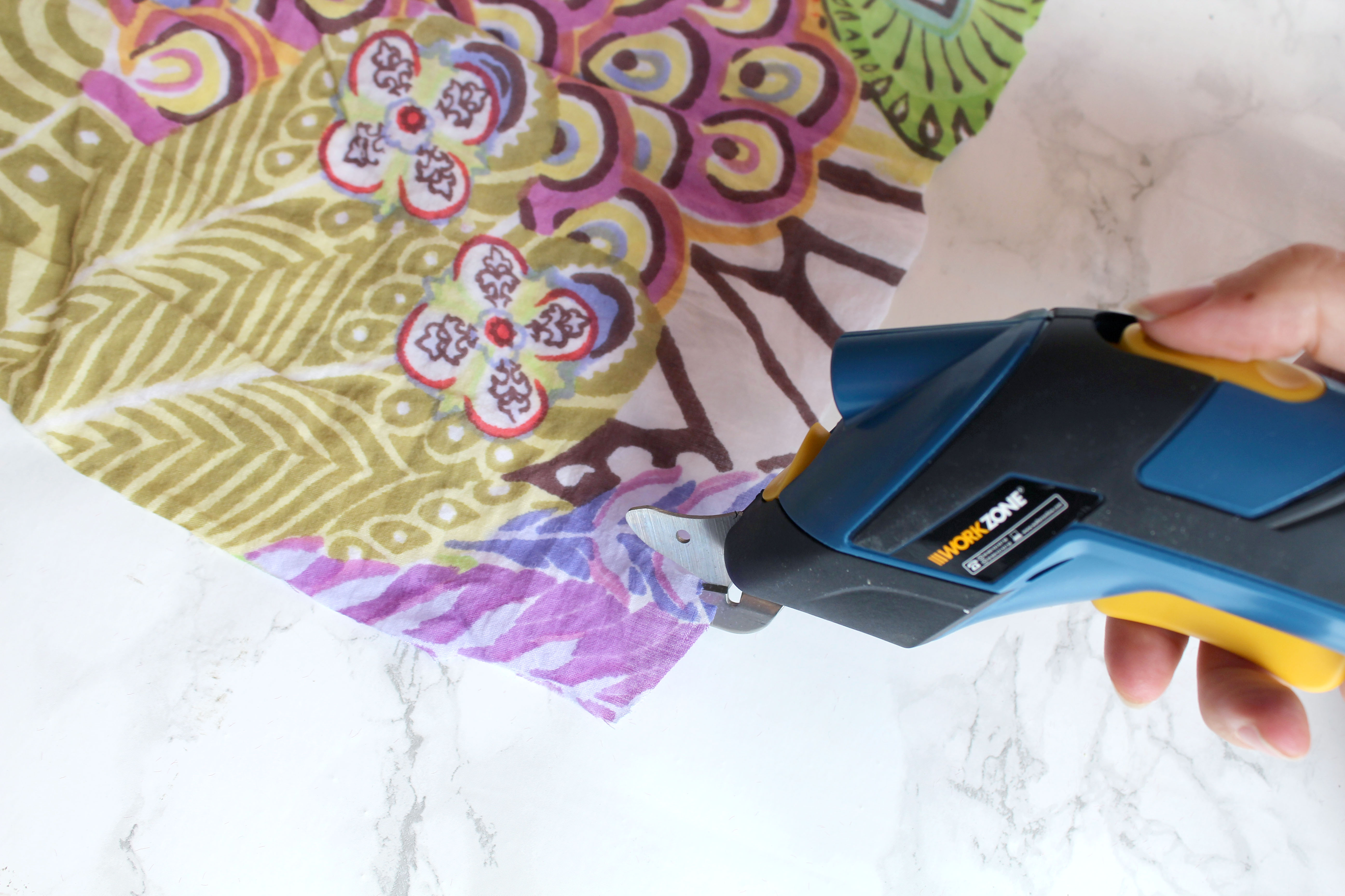 Cutting fabric with the workzone cordless cutter tool for rag rugging