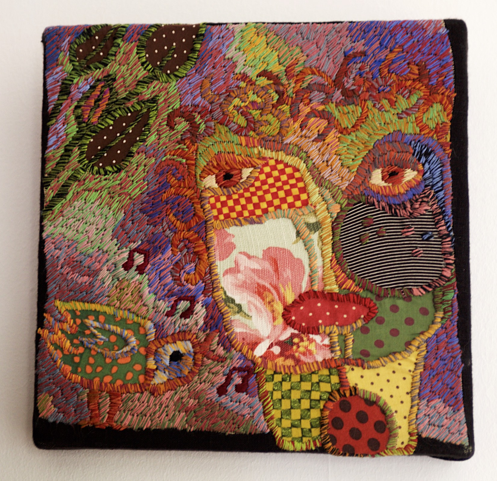 Sue Dove rag rug Birdlife