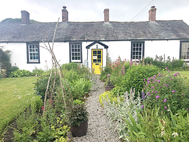Blindcrake cottage on Garden Safari