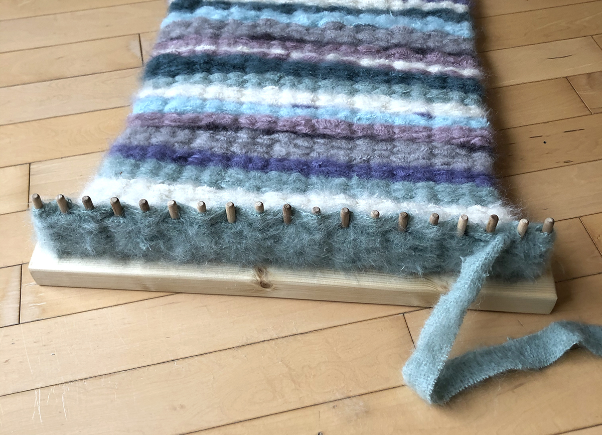 Peg loom weaving with fabric mohair fents in stripes